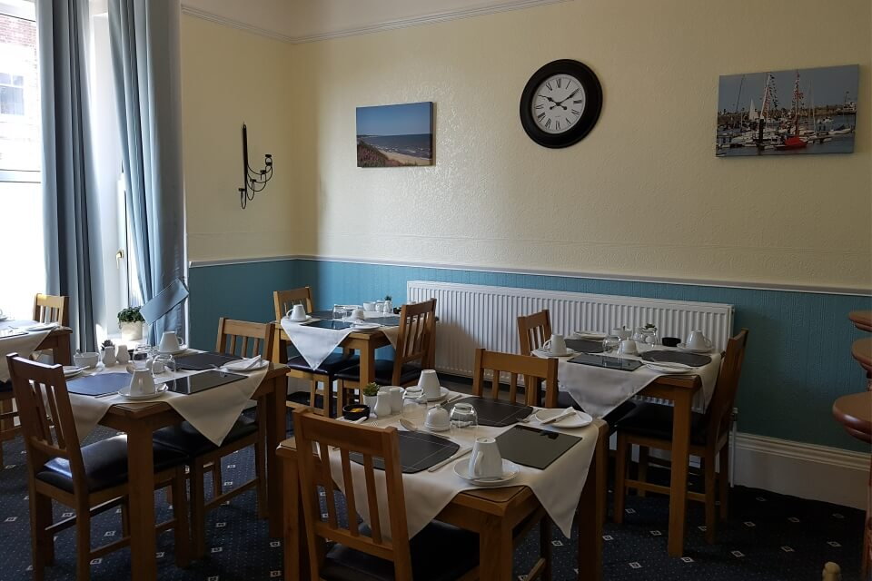 Tennyson Guest House Dining Room